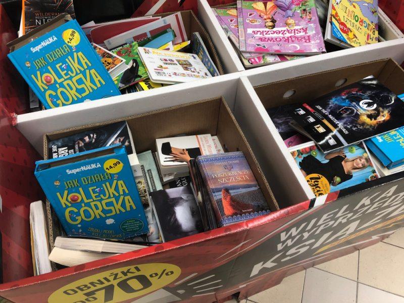 Książki w marketach