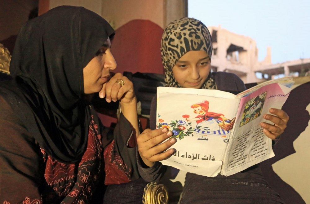 Saleema & Daughter, 12 year-old Islam in Daraya Credit Malik Al-Rifaii