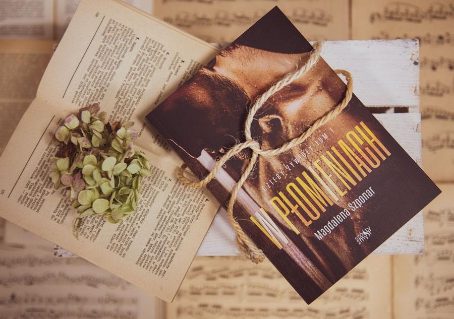 W płomieniach książka