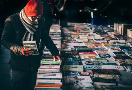 News - Sprzedano 3 tysiące książek. Kiermasz w bibliotece