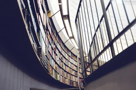News - Biblioteka w centrum handlowym? W Warszawie powstała Spotykalnia