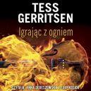 Okładka ksiązki - Igrając z ogniem. Audiobook