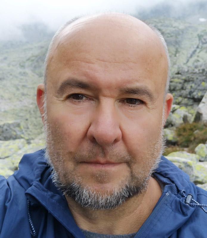 Okładka publicystyki dla Każde piekło ma swoją hierarchię. Wywiad z Andrzejem Fedorowiczem z kategorii Brak kategorii