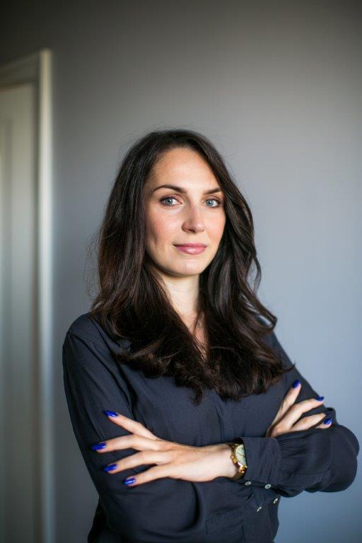 Publicystyka - Nikt nie jest bezpieczny. Wywiad z Hanną Dobrowolską