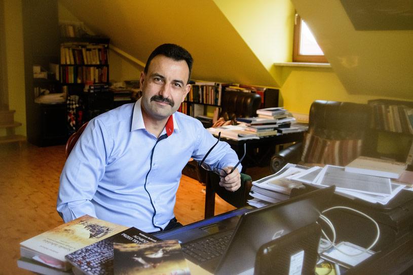 Publicystyka - Fantazje o raju. Wywiad z prof. Waldemarem Bednarukiem