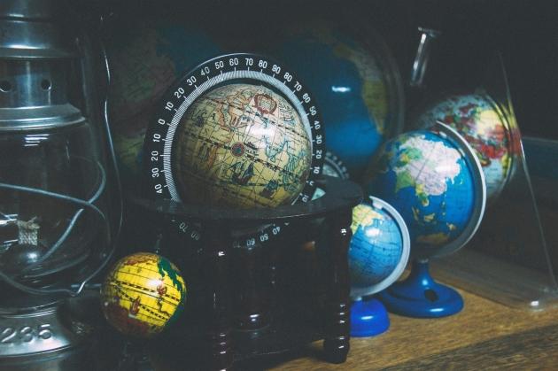 Okładka publicystyki dla Pax Americana - Jak zmieniał się świat po zakończeniu drugiej Wojny Światowej z kategorii Brak kategorii
