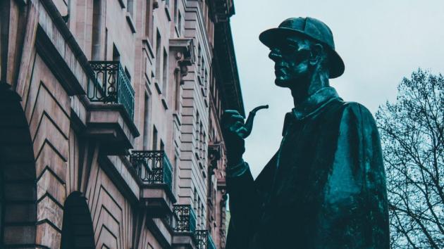 Publicystyka - W jakiej kolejności czytać Sherlocka Holmesa? Przewodnik po serii z najsłynniejszym detektywem