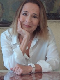 Publicystyka - Stworzyć swój świat od nowa. Wywiad z Romą Ligocką