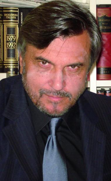 Okładka - Żyję swoim bohaterem. Wywiad z Pino Farinottim