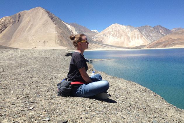 Publicystyka - Dwa światy Nepalczyków. Wywiad z Iwoną Szelezińską